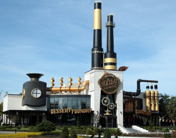 Universal-City-Walk-Toothsome-Chocolate-Emporium-and-Savory-Feast-Kitchen-1-700x551
